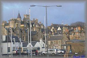 シェットランドの港町